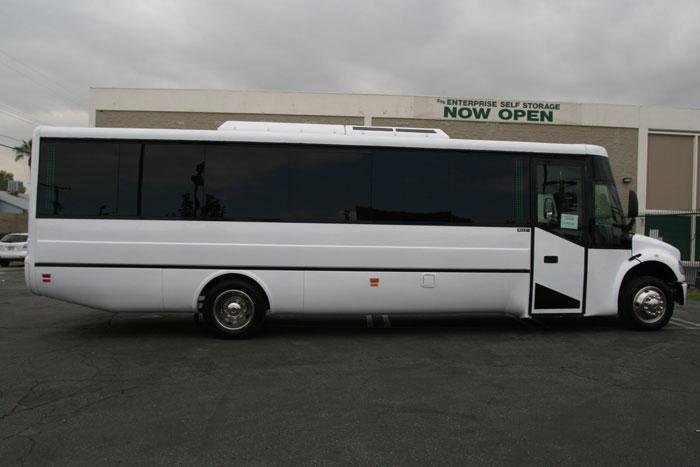 La Car Service Los Angeles Town Car Service Limo Party Bus - Los Angeles Exotic Limo
